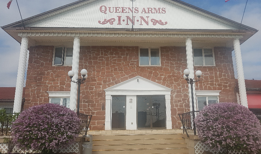 Queens Arms Inn