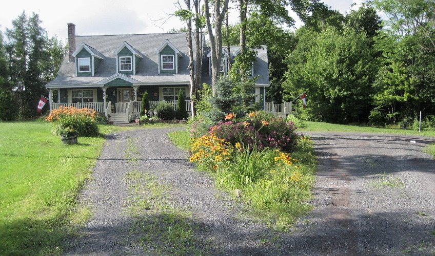 Anne's Village Green Country Home