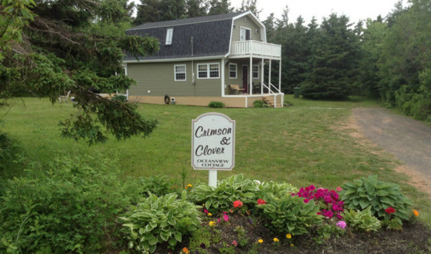 Crimson & Clover Oceanview Cottage