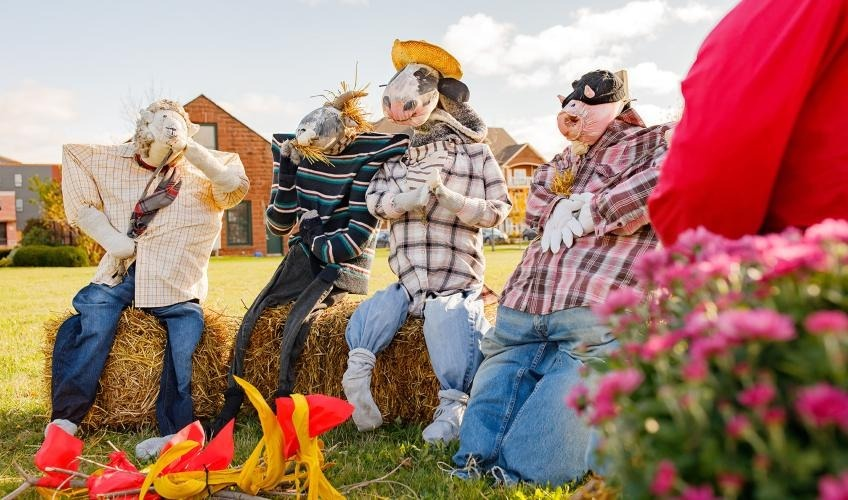 Scarecrows in the City Festival