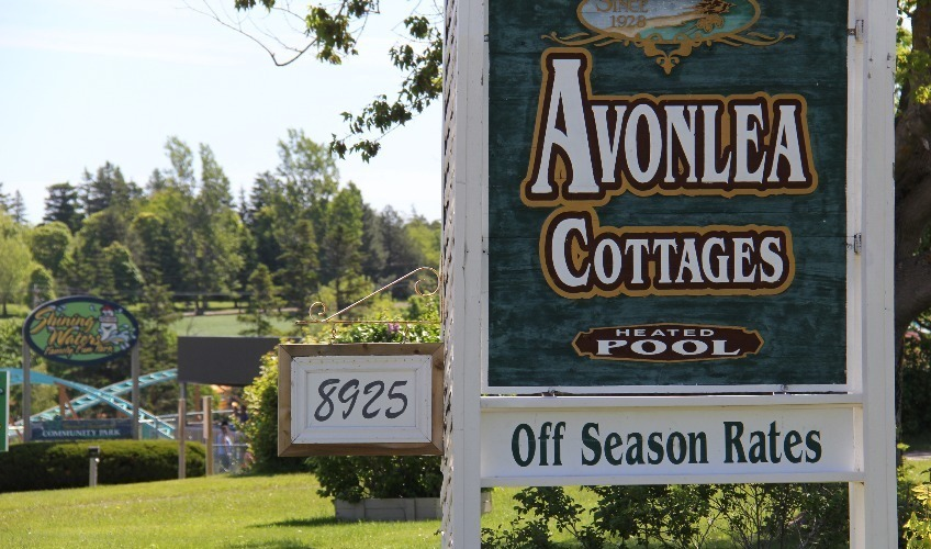 2 nights in 2-bedroom cottage stay get a $100 gift card for food and fun