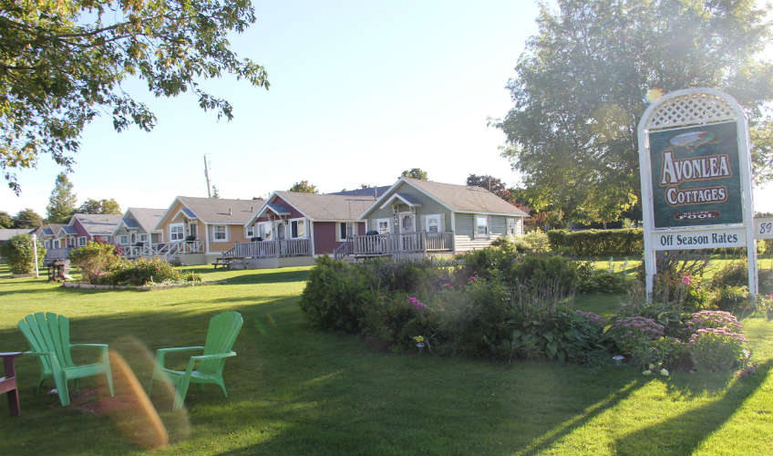 Avonlea Bachelor Cottages