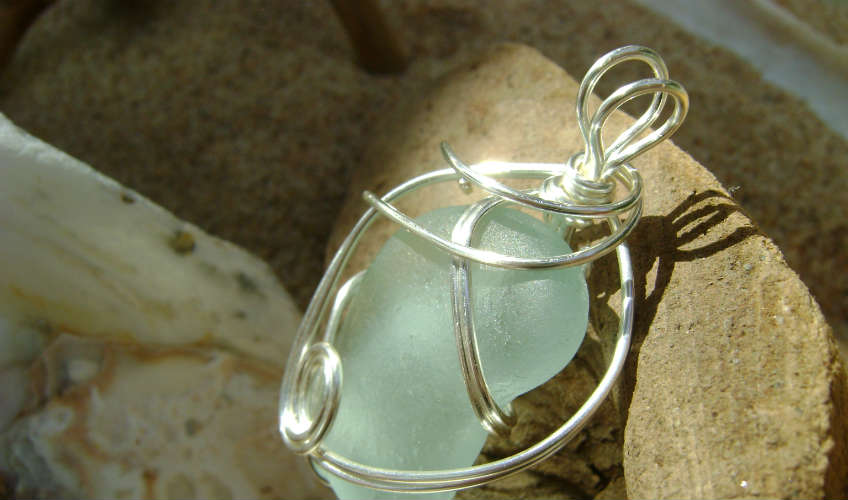 Wire Wrapping Seaglass