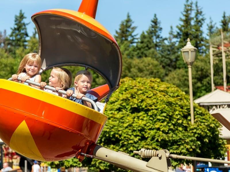 Sandspit, children, fair ride