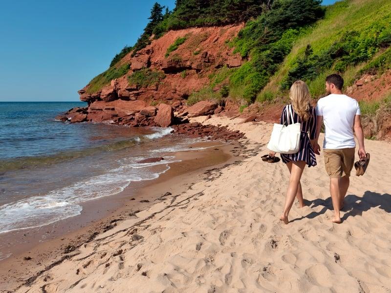 Basin Head, couple, beach, water, cliff